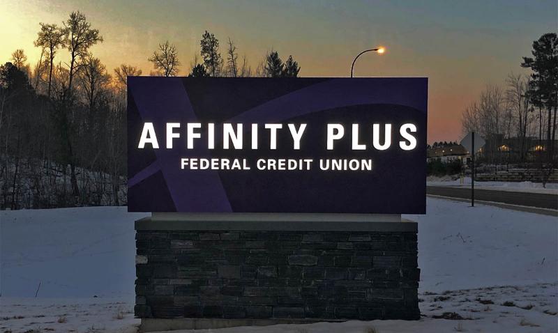 affinity-plus-illuminated-monument