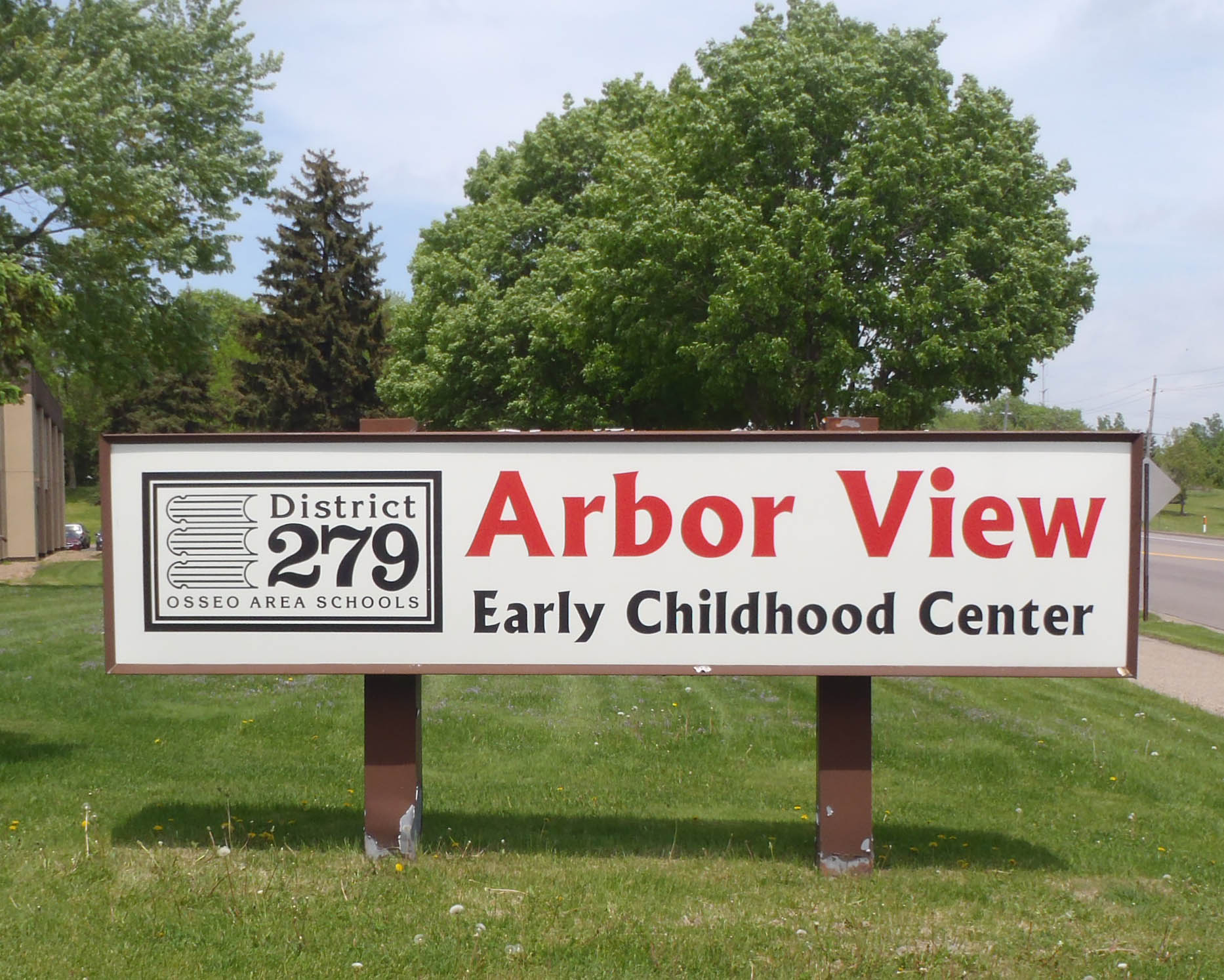 Arbor View Monument Sign Before.jpg