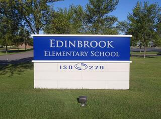 Edinbrook Elementary Monument Sign