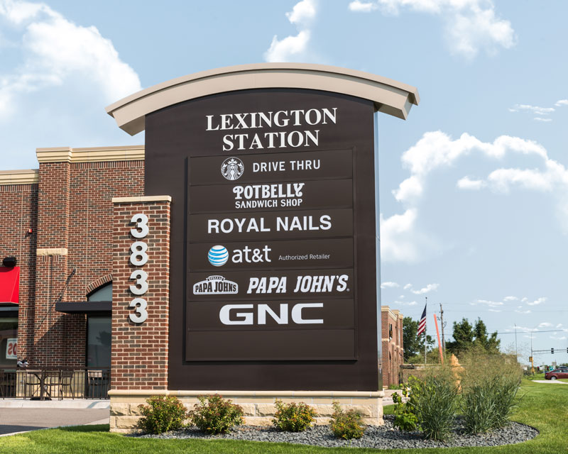 Pylon Sign example at lexington station, minnesota