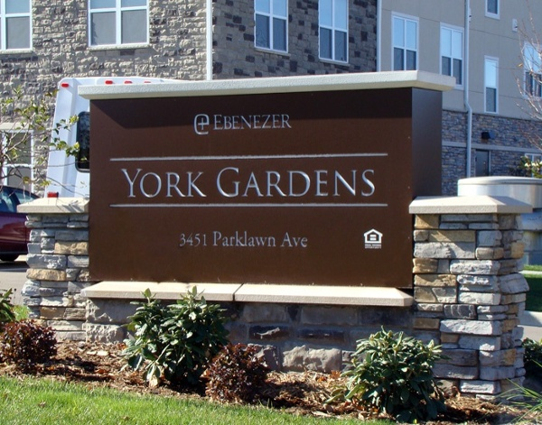 York Gardens medical facilities signage