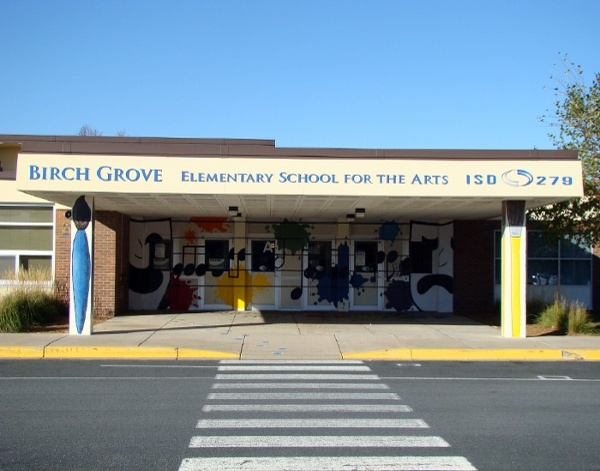 Example of building school signage developed by Spectrum Signs