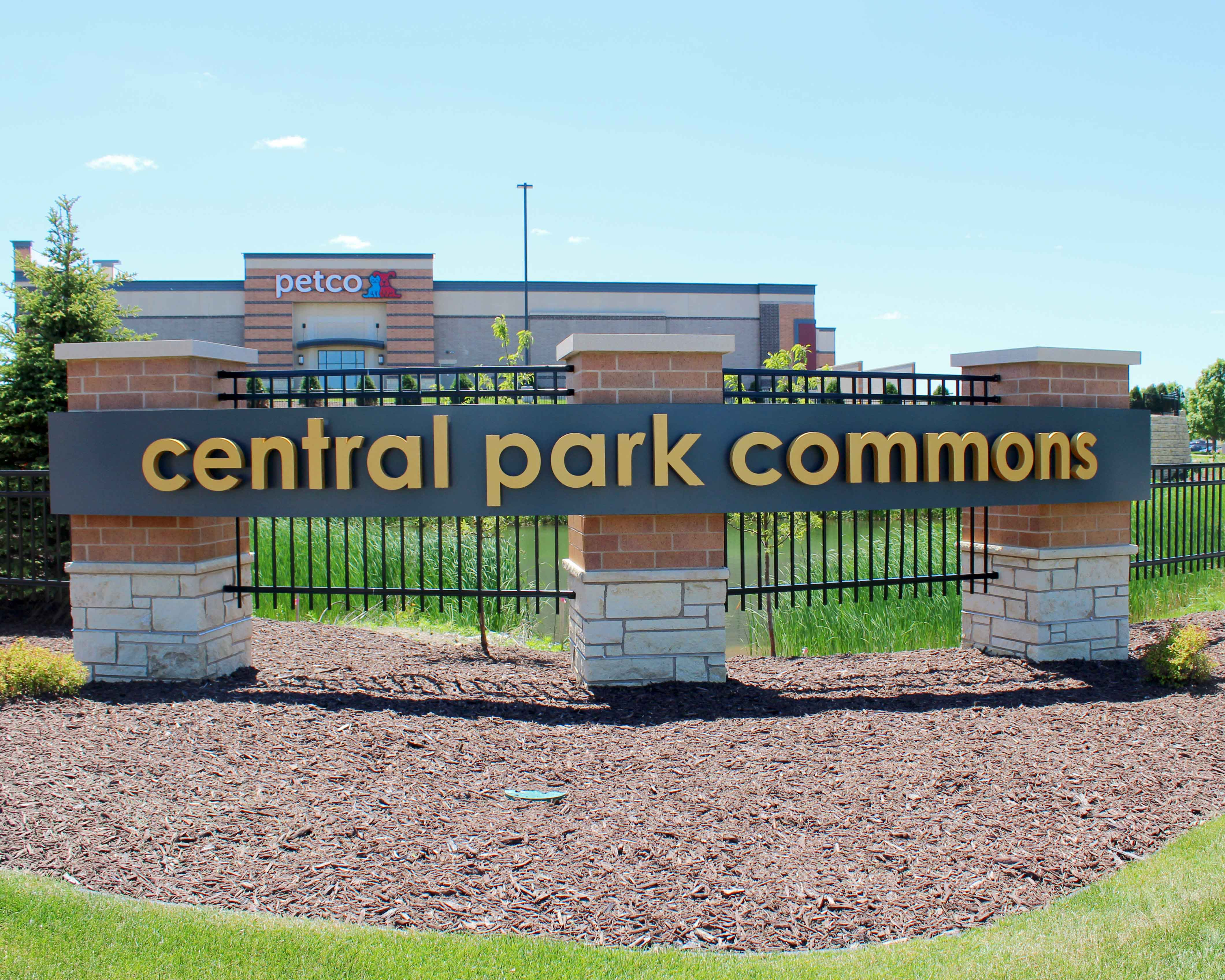 Central Park Commons main entrance sign, designed and built by Spectrum Signs
