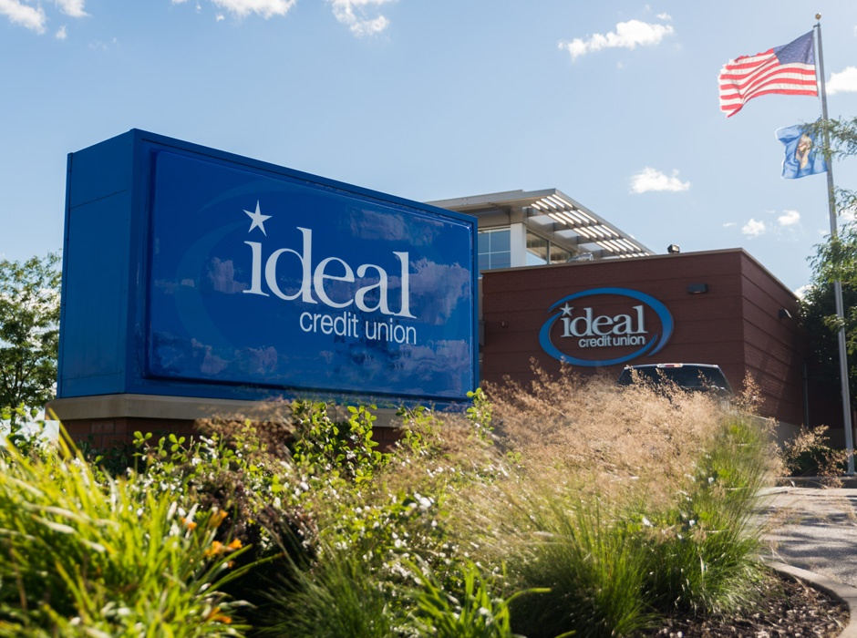 Ideal Credit Union Bank Monument Sign