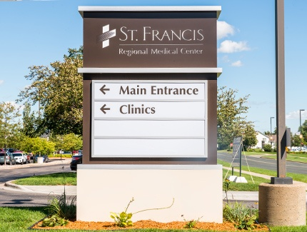 Custom hospital signs fabricated by Spectrum Signs