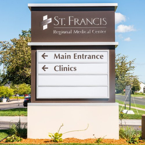 Example of custom hospital signs designed by Spectrum Signs